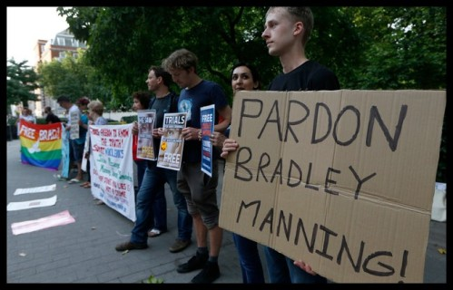 2013 08 00 - Bradley Manning Protests