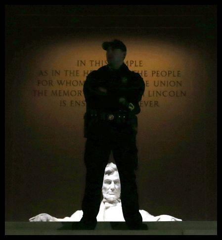 2013 10 00 - Close Memorials