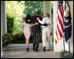 People - Obama, Barack - Bergdahl Dog and Poney Show